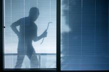 Hoe houdt u inbrekers buiten de deur?