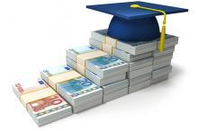AFM: 'Ook studieschulden registreren'