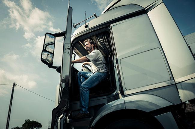 Vrachtwagenchauffeurs minder alert op weg