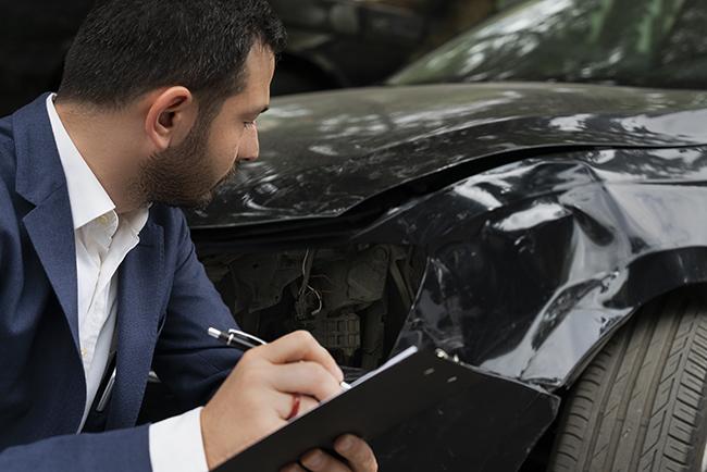 Veel minder schade geclaimd op autoverzekering